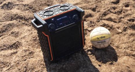 speaker-in-sand