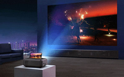 bomaker-portable-projector-for-outdoor-movies