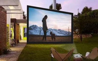 dr-j-mini-outdoor-movie-projector
